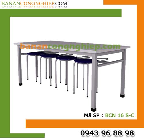 Bàn ăn công nghiệp dài 1m6 có 8 móc treo ghế sơn tĩnh điện